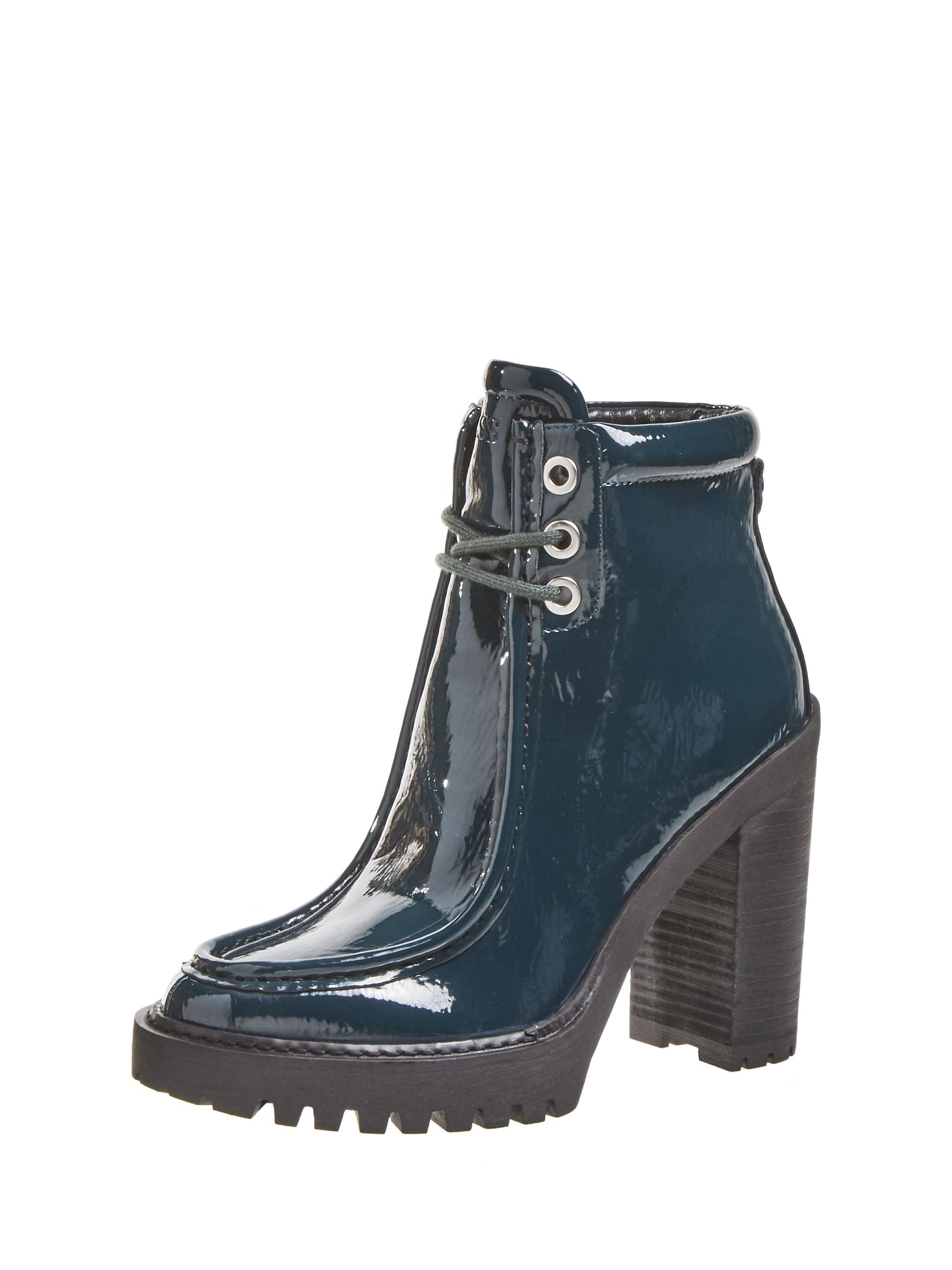GUESS%20Footwear%20 %20FL8ACYELE10 GREEN - GUESS presenta sus accesorios de hombre y mujer para temporada Otoño-Invierno 2020