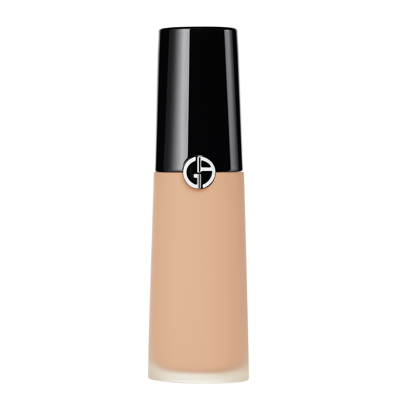 ga luminous silk concealer 4.5 lb453200 3614272951594 rvb 3000 - Giorgio Armani plasma su encarnación perfecta del concepto de belleza