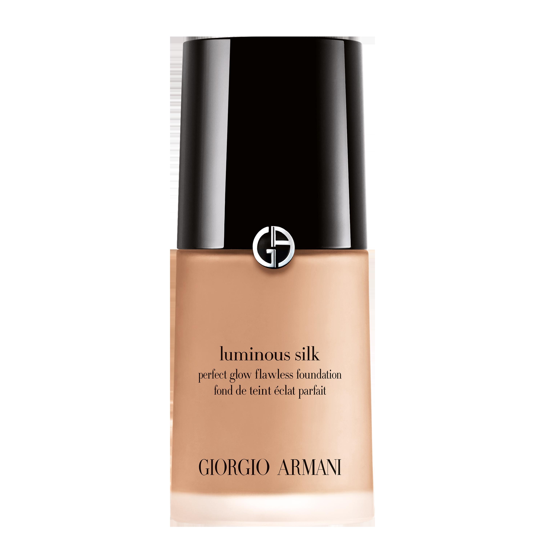 ga luminous silk foundation 5.5 l425730 3360372075554 rvb 3000 - Giorgio Armani plasma su encarnación perfecta del concepto de belleza