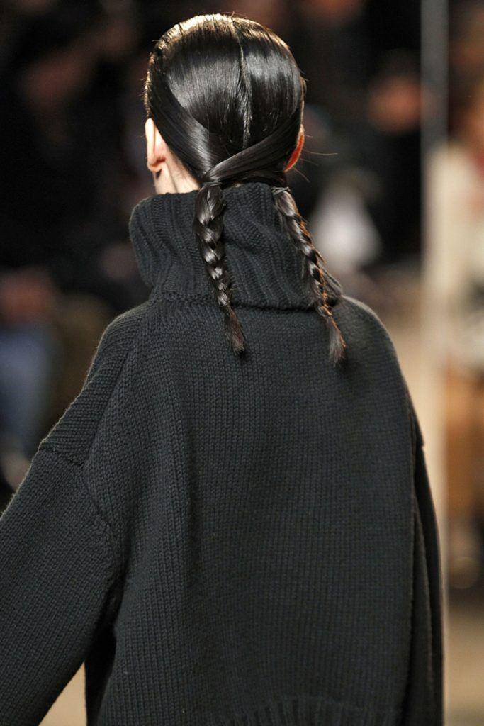 pigtail with a twist sally lapointe 683x1024 - Últimas tendencias en trenzas para el otoño